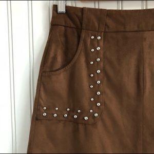 BB Dakota Faux Suede Skirt w Stud Deco